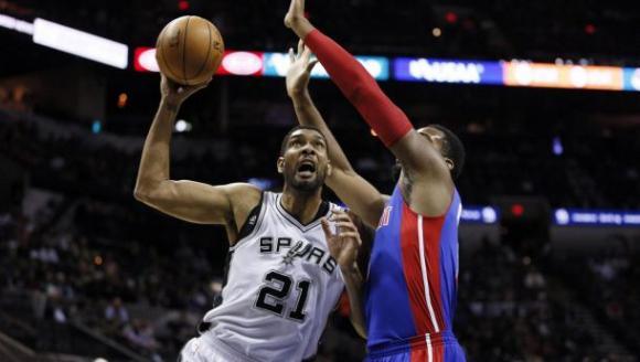 Detroit Pistons vs. San Antonio Spurs at Palace of Auburn Hills